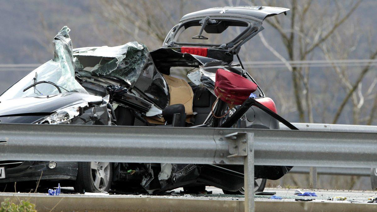 Imagen de un accidente en las carreteras españolas (Foto: Efe).