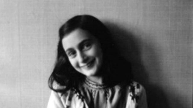 Un libro infantil firmado por Ana Frank se subastará en Nueva York en mayo