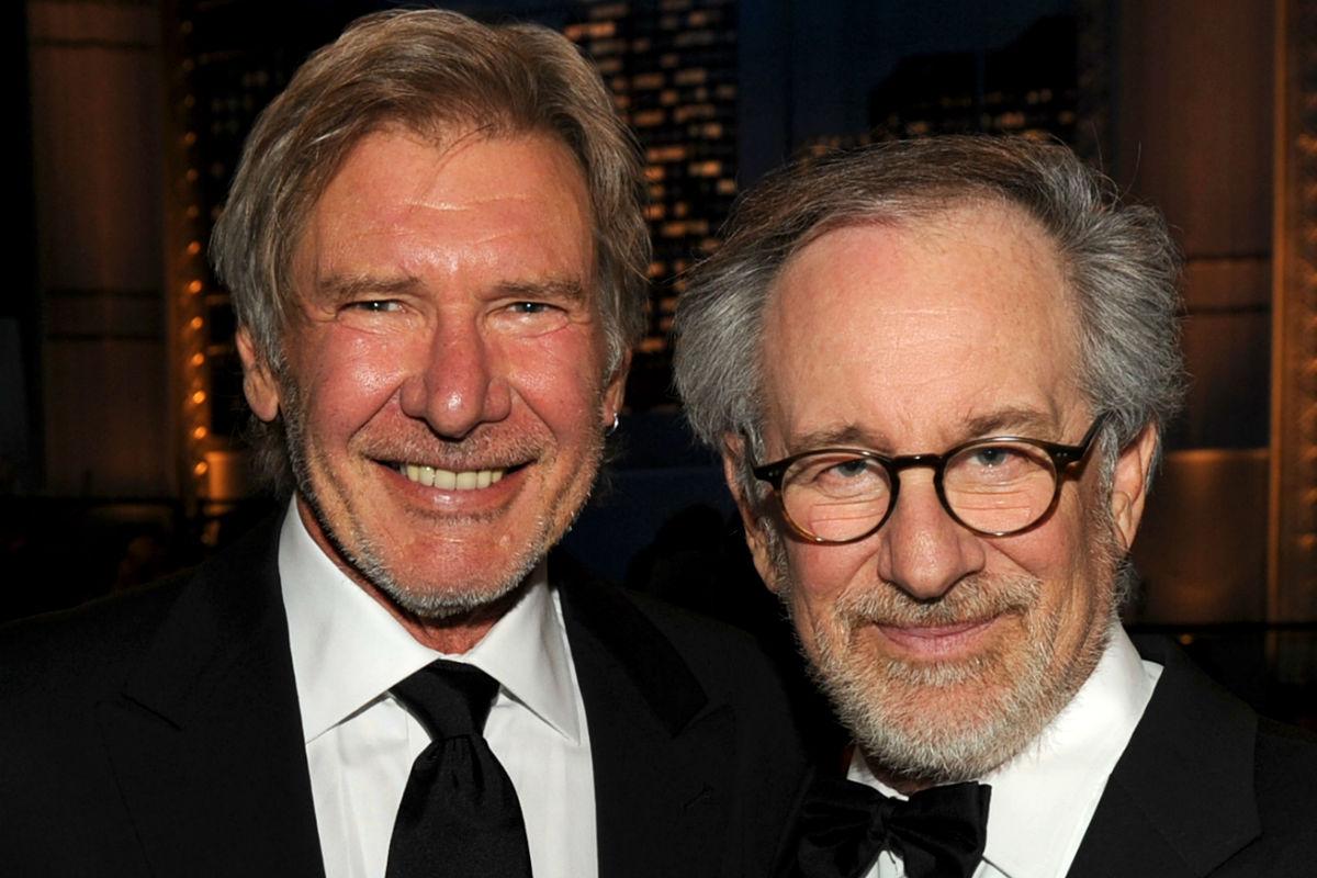 El actor americano Harrison Ford junto al director Steven Spielberg, en una ceremonia de entrega de premios celebrada en Estados Unidos. (Getty)