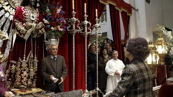 Doña Sofía va a rezar al cristo de Medinaceli 24 horas después de declarar su hija