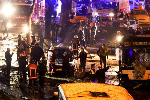 Imagen del atentado del pasado domingo en la capita del Turquía, Ankara, donde han muerto 37 personas. (Getty)