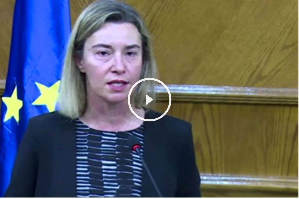 Imagen de Federica Mogherini llorando por los atentados de Bruselas.