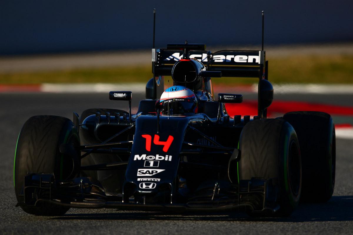Fernando Alonso, en los test de Montmeló. (Getty)