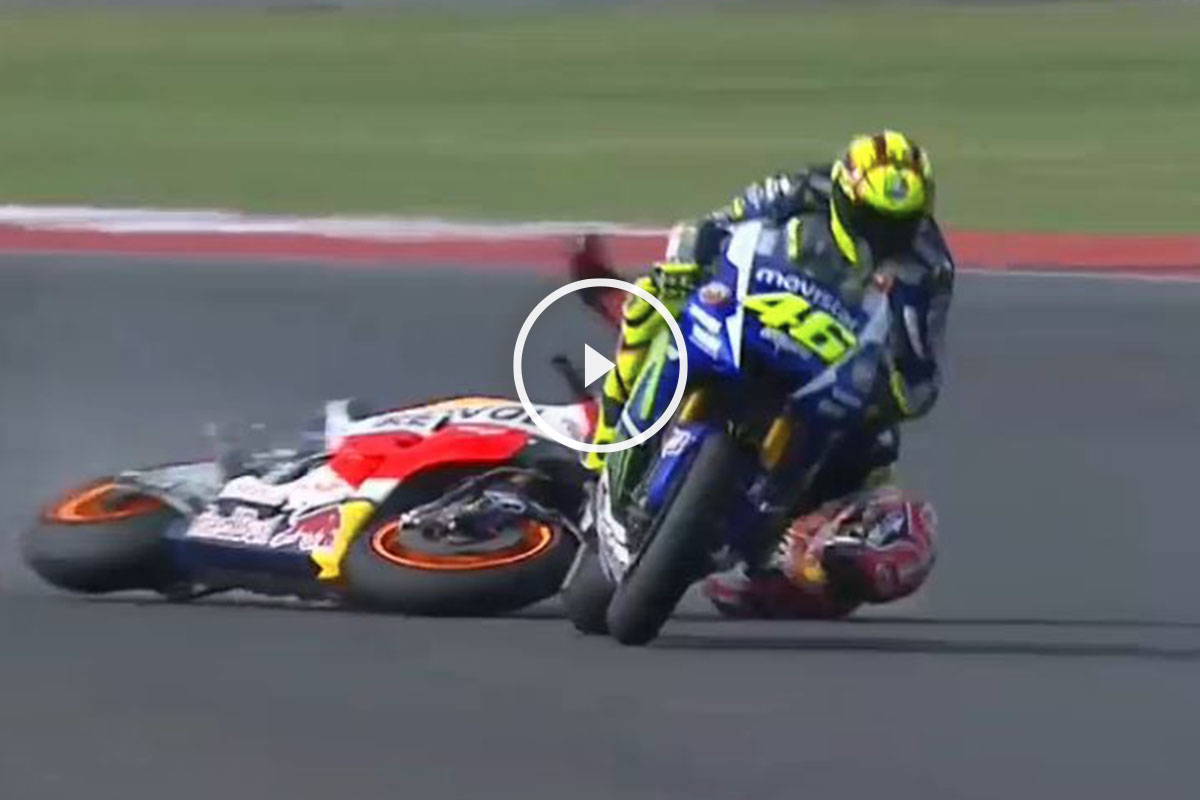 Valentino Rossi tiró la pasada temporada a Marc Márquez en Argentina.