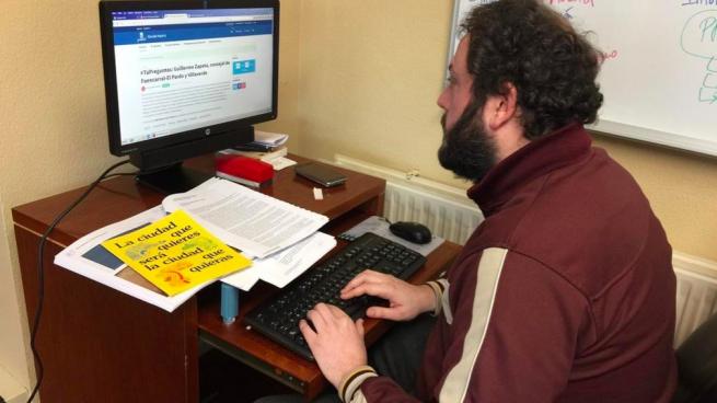 Zapata se aprovecha de los emails de vecinos del Foro Local para promocionar actos de IU
