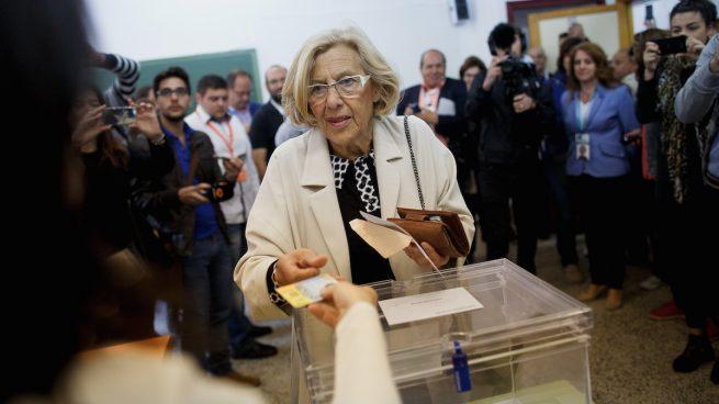Carmena engaña diciendo que la consulta sobre Plaza España es «vinculante»: la ley lo prohibe