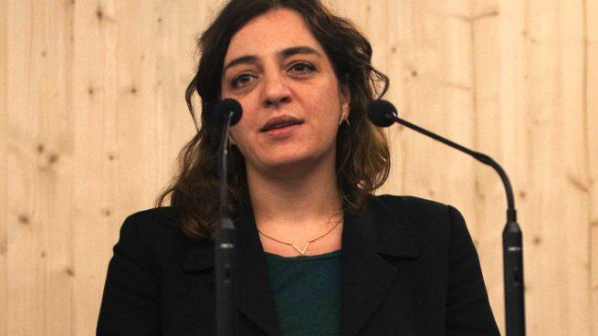 Varapalo a Celia Mayer: la oposición le obliga a readmitir al director del Teatro Español