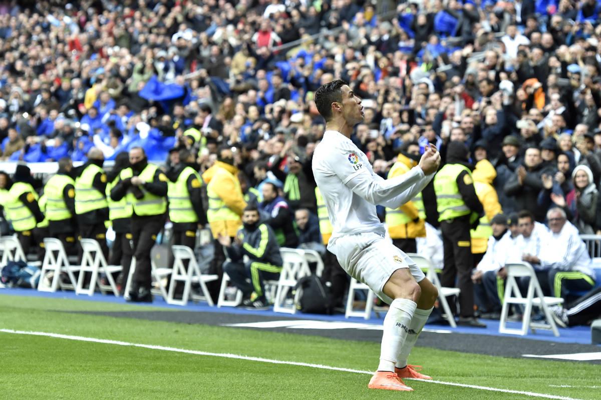 Cristiano Ronaldo celebra uno de sus cuatro goles ante el Celta. (AFP)