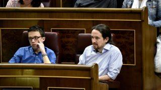 Pablo Iglesias e Iñigo Errejón en el Congreso (Foto: Efe)