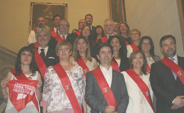El alcalde de Huesca prohíbe que los ediles acudan a actos religiosos en nombre del Ayuntamiento