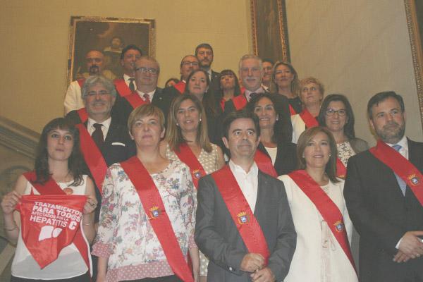 Foto de la corporación municipal de Huesca. (Foto: Huesca.es)