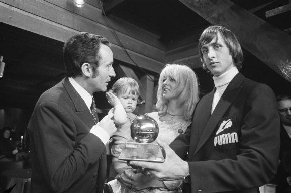 Cruyff ganó tres Balones de Oro.