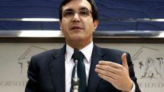 José Luis Ayllón, secretario de Estado de Relaciones con las Cortes, en rueda de prensa.