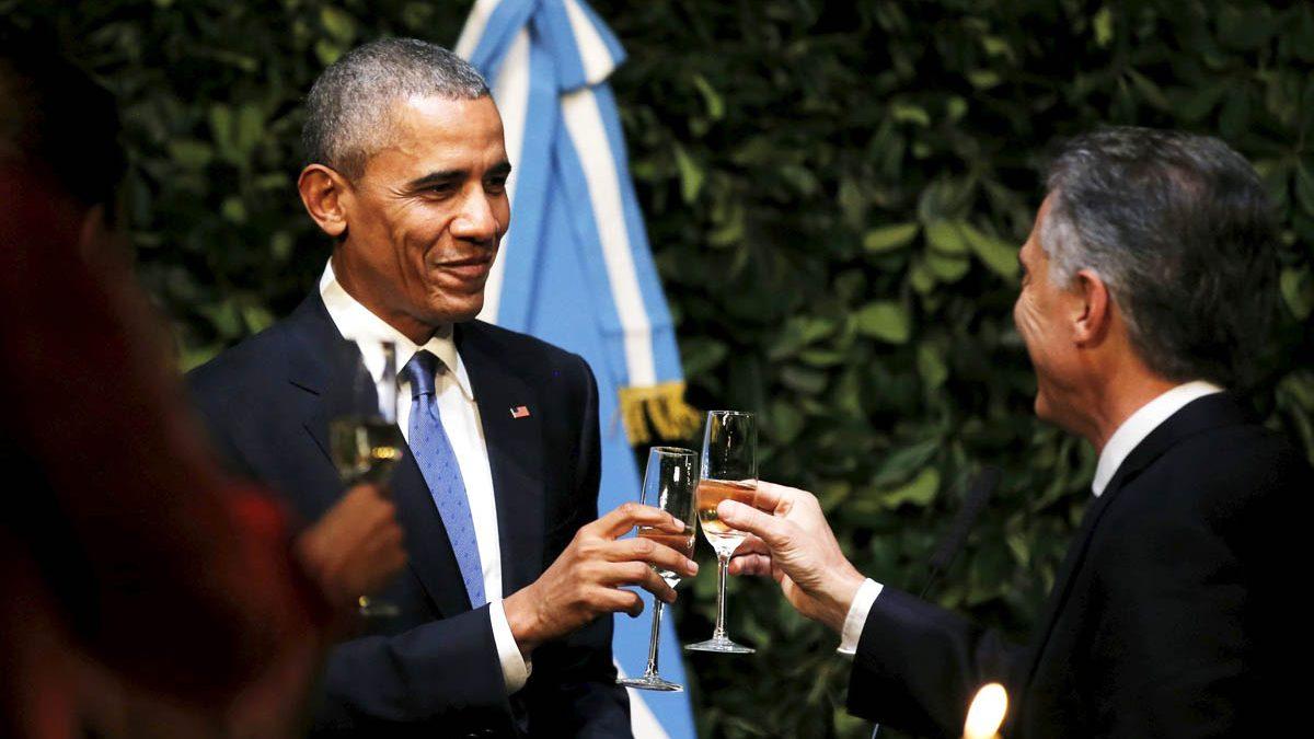 Barack Obama y Mauricio Macri, durante una recepción en Buenos Aires (Foto: Reuters)