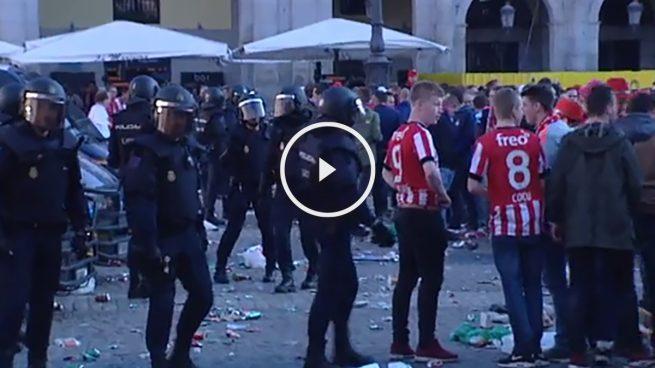 Aficionados-PSV-Plaza-Mayor