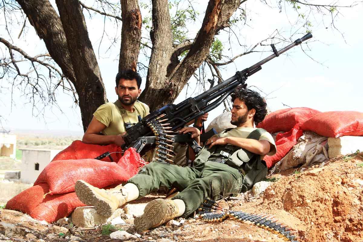 Rebeldes sirios apostados en esta misma semana (Foto: Reuters)