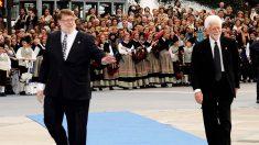 Ray Tomlinson, a la izquierda, recibió el Príncipe de Asturias Tecnológico en 2009 (Getty)