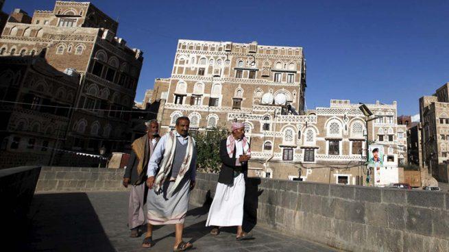Los rebeldes yemeníes visitan Arabia por primera vez para negociar el fin de la guerra