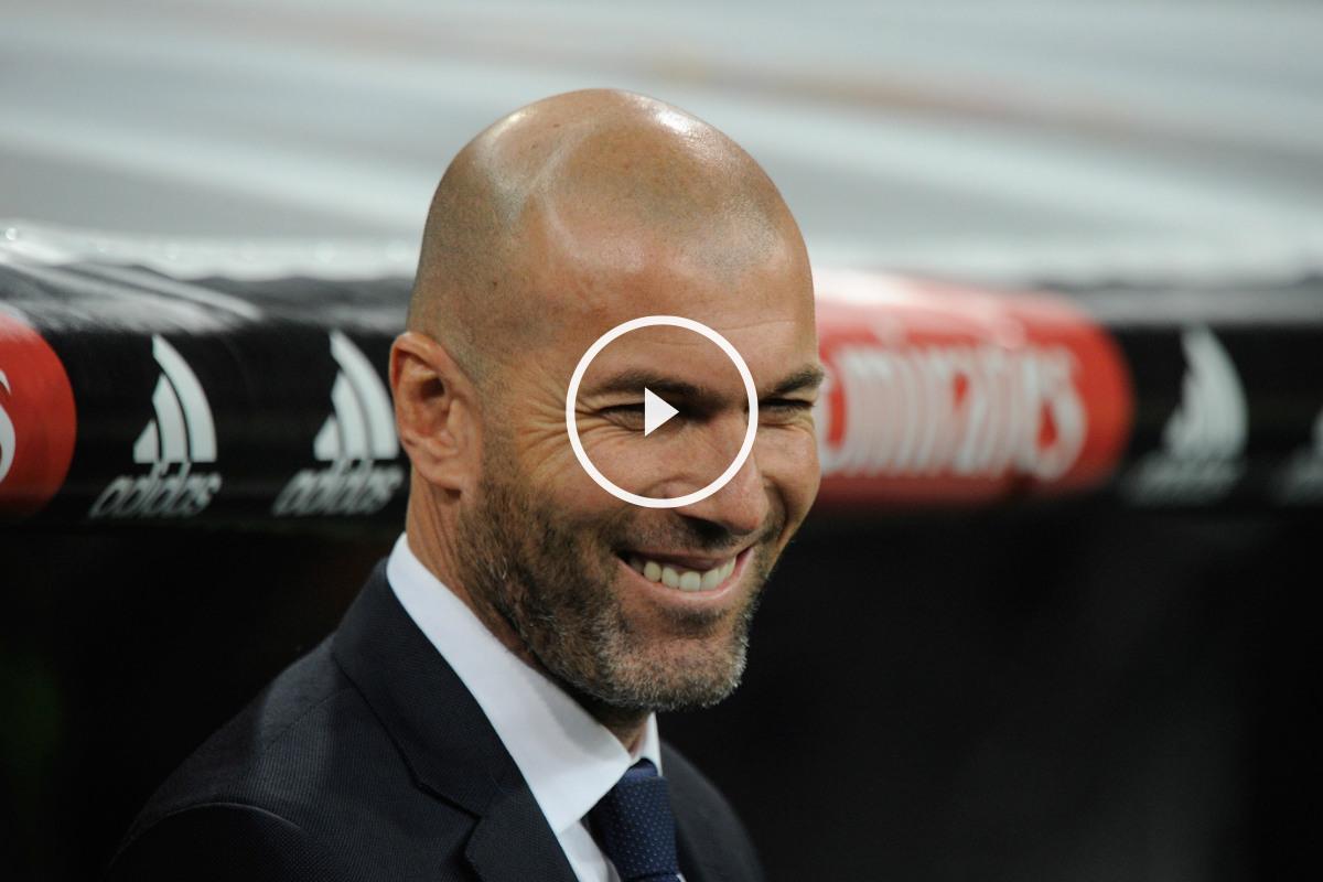 Zinedine Zidane vuelve a sonreír al frente del Real Madrid. (Getty)