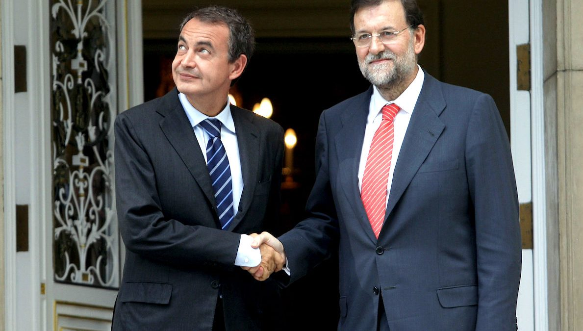 Zapatero y Rajoy cuando el primero era presidente del Gobierno. (Foto. EFE)