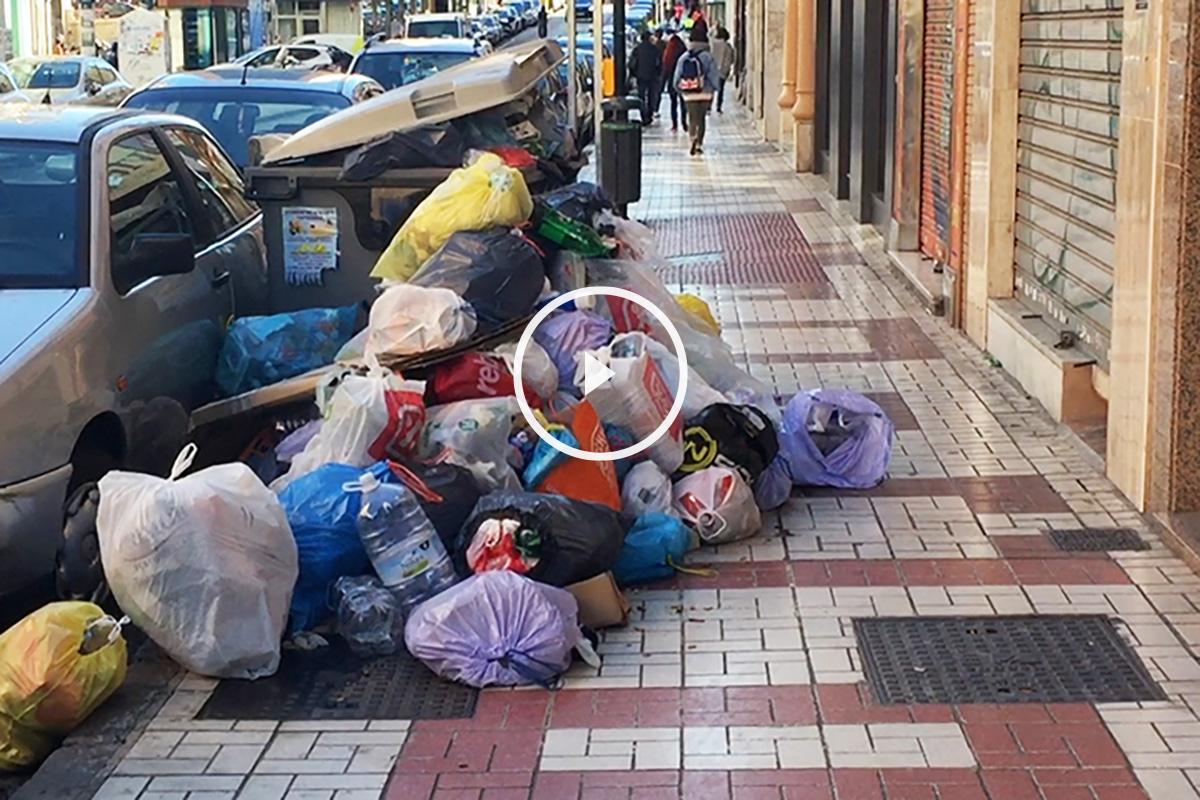 Aspecto que presentan las calles de Málaga (Foto: E. Falcón)