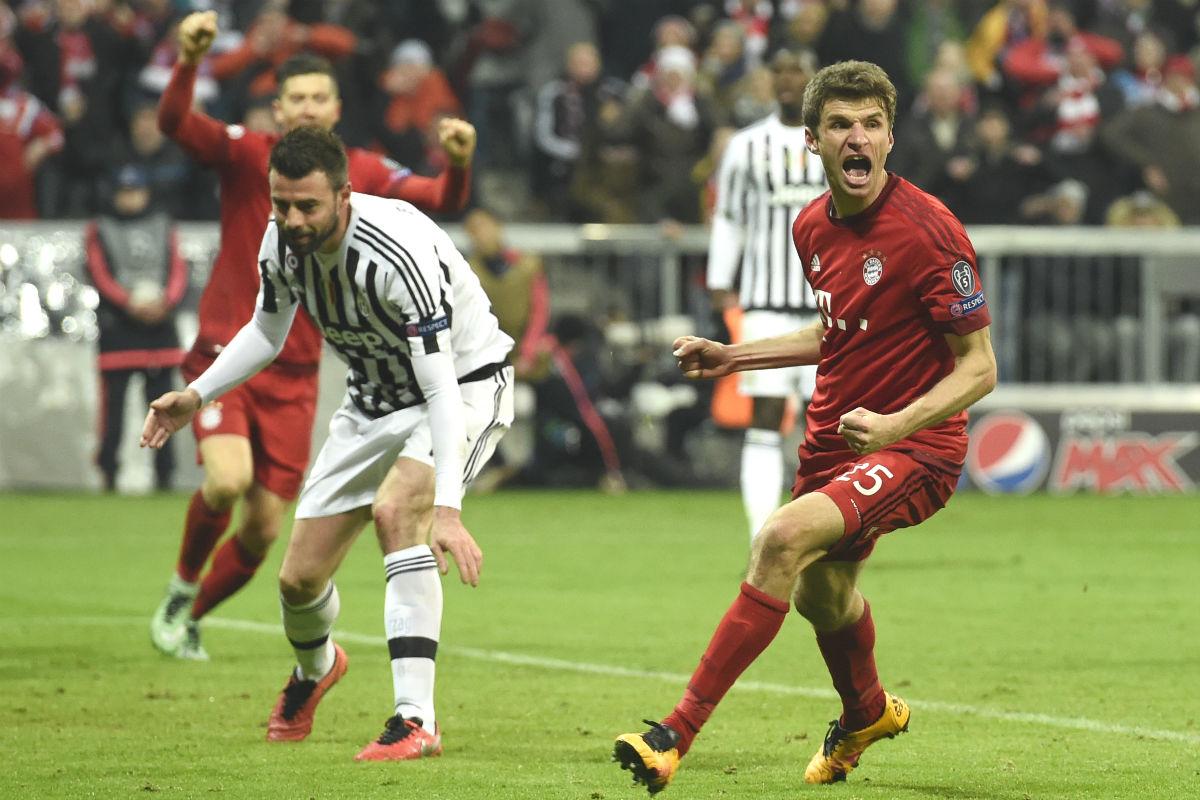 Müller celebra el gol del empate del Bayern ante la Juve. (AFP)