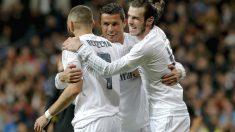 Cristiano, Benzema y Bale celebran uno de los goles. (EFE)