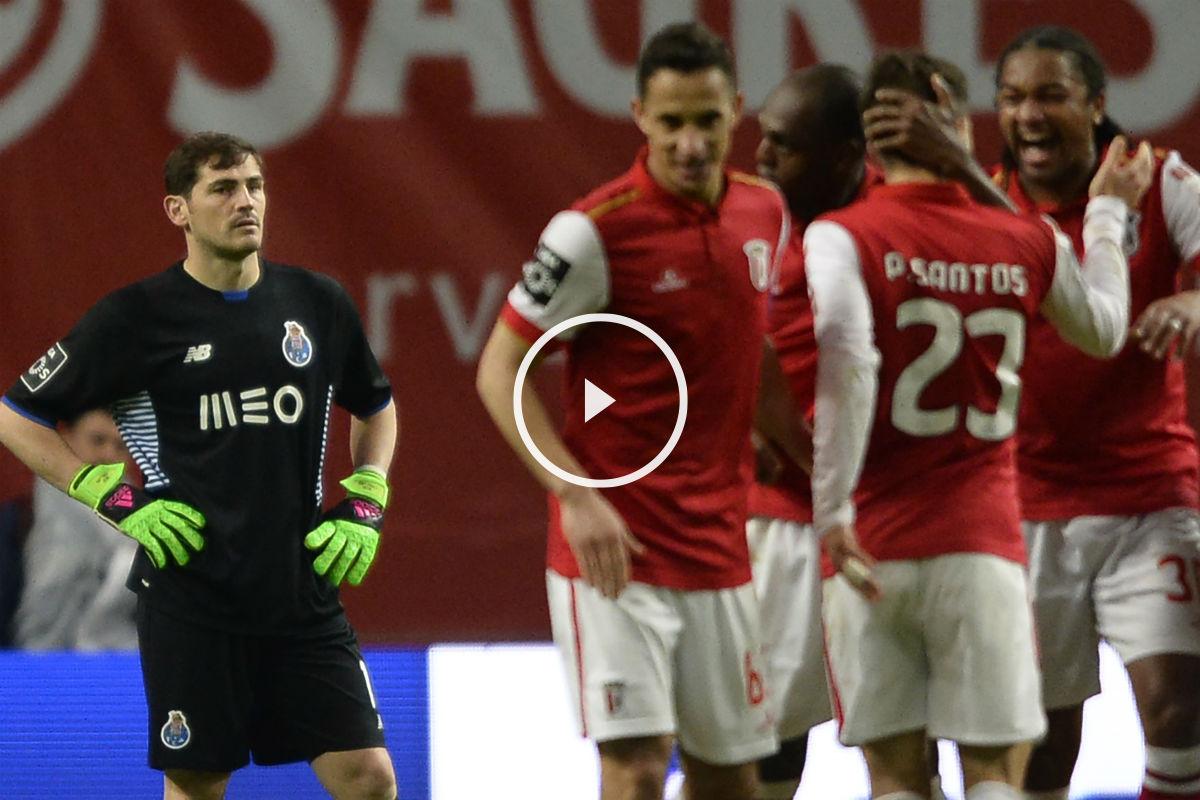 Casillas volvió a fallar en un partido del Oporto. (AFP)