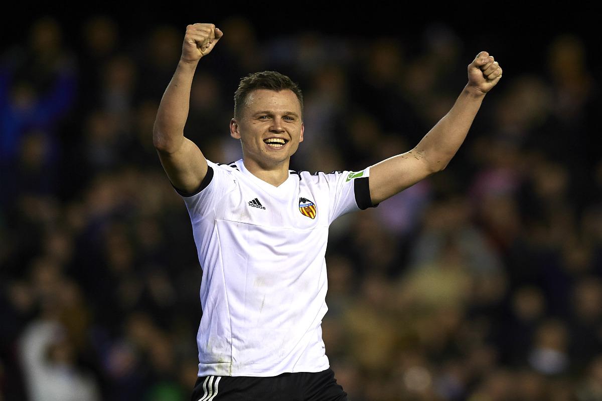 Denis Cheryshev celebra su gol ante el Espanyol, el primero con el Valencia. (Getty)