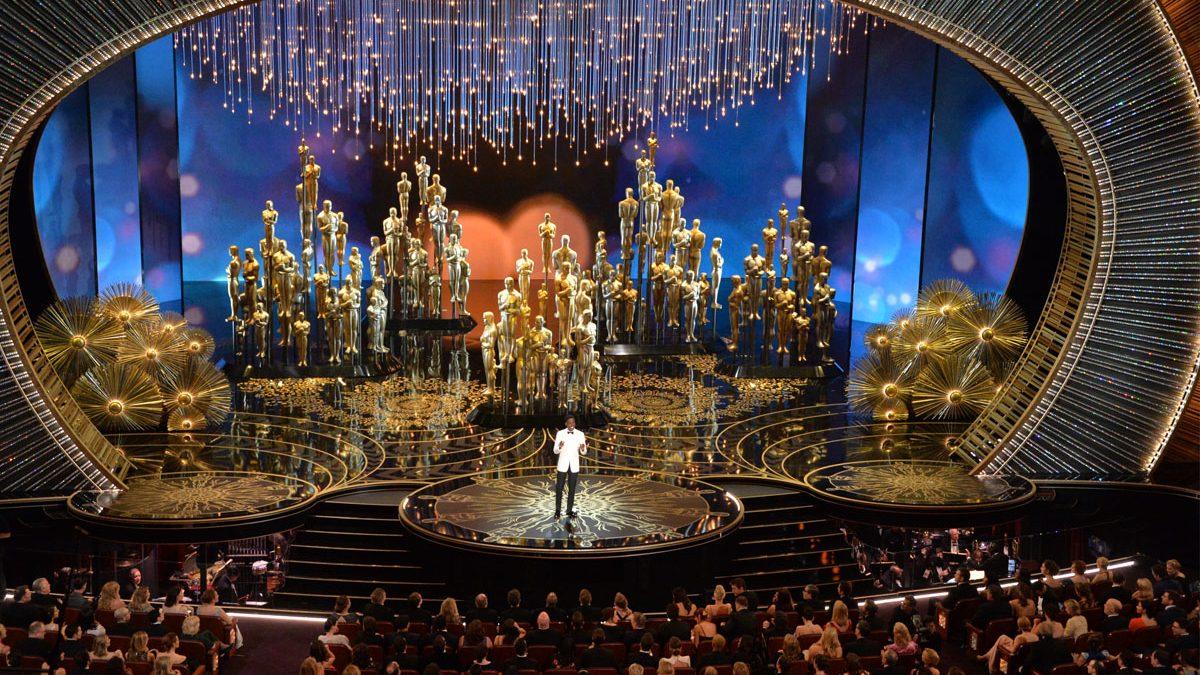 Chris Rock al frente de la ceremonia de los Oscar 2016. (Foto: AFP)