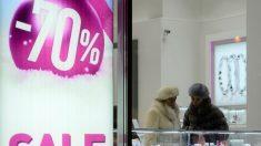 Mujeres comprando (Foto: GETTY)