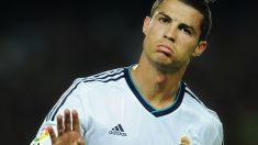 Cristiano Ronaldo, en un Clásico. (Getty)