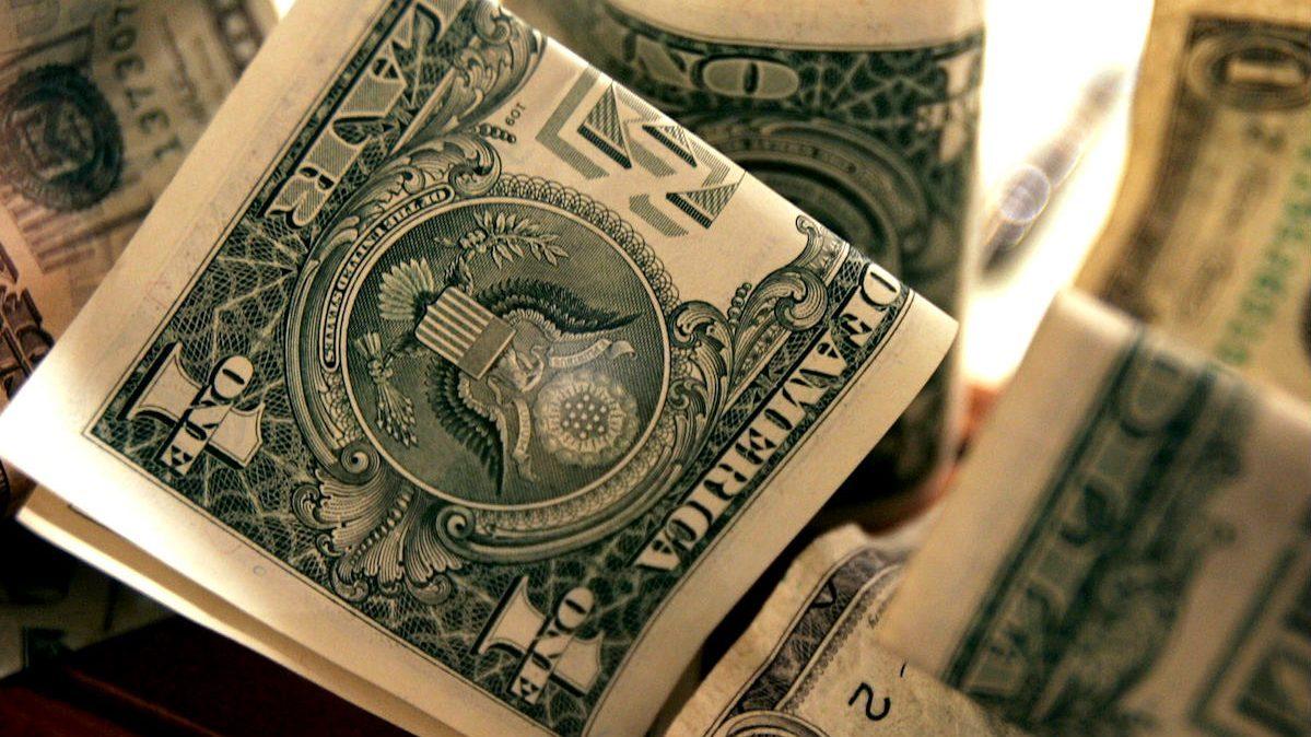 Billetes de dólar (Foto: GETTY).