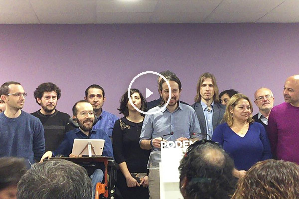 Rueda de prensa de Pablo Iglesias y su equipo. (Foto: Nuria Val)
