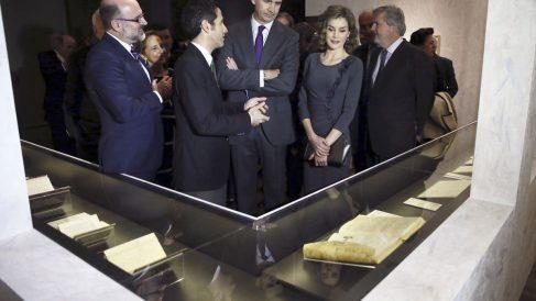 Don Felipe y Doña Letizia en la inauguración. (Foto: EFE)
