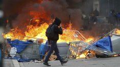 Disturbios en Nantes durante las manifestaciones contra la reforma laboral de Hollande. (Reuters)