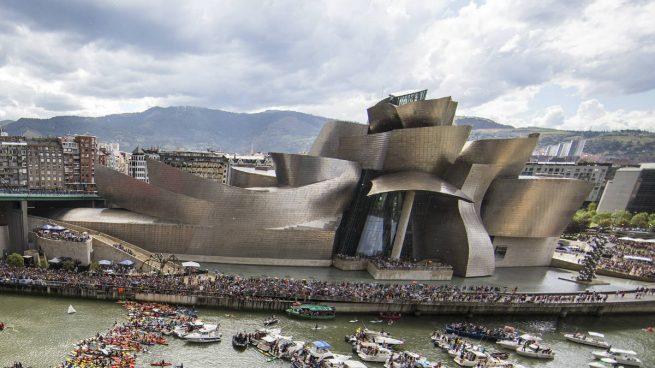 Las 'Celdas' de Bourgeois se instalan en el Guggenheim