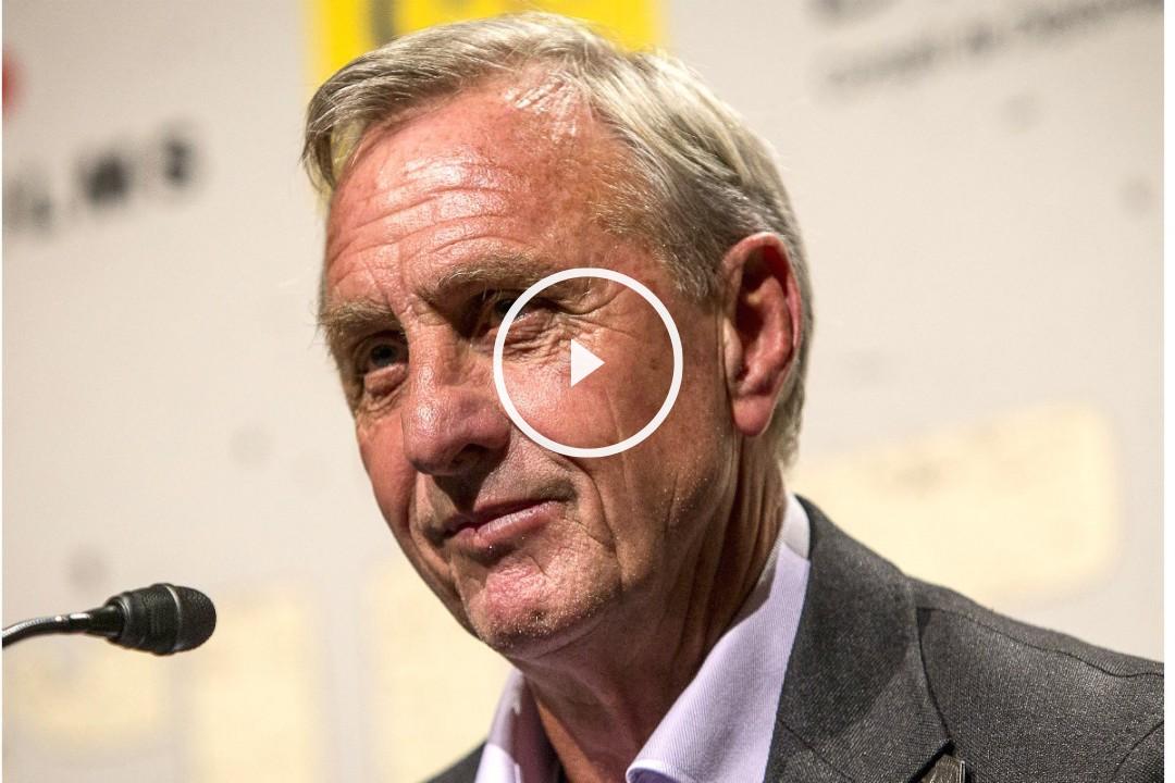 Johan Cruyff, durante una rueda de prensa. (Getty).
