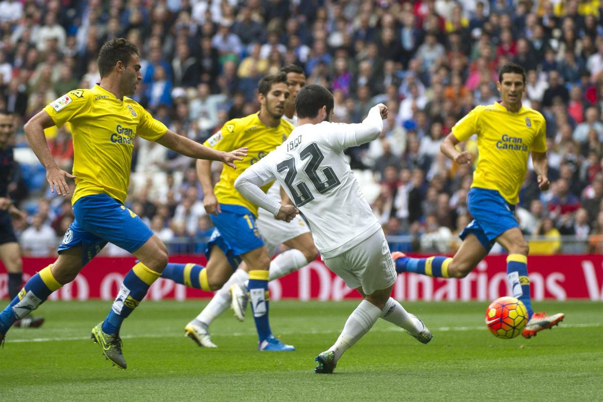 Isco dispara a puerta en el partido ante Las Palmas. (AFP)