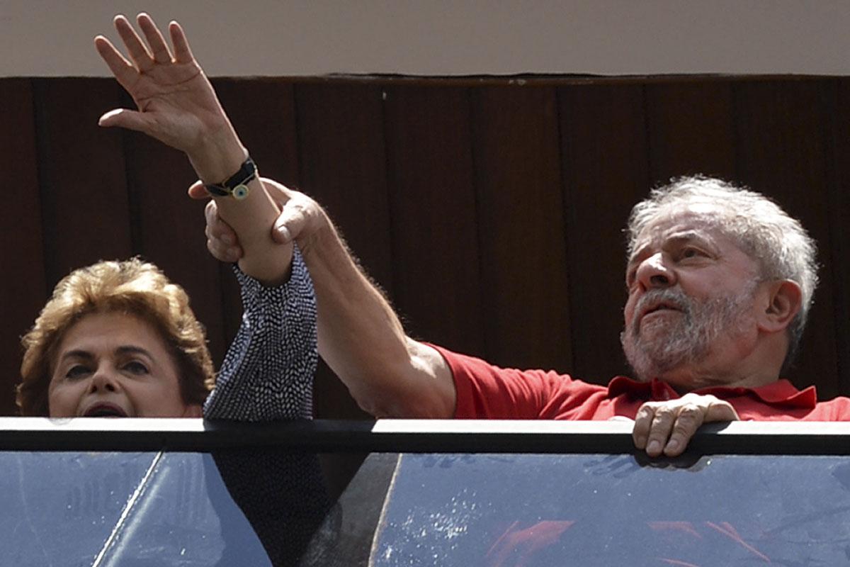 Rousseff ha acudido al rescate de Lula. (Foto: AFP)