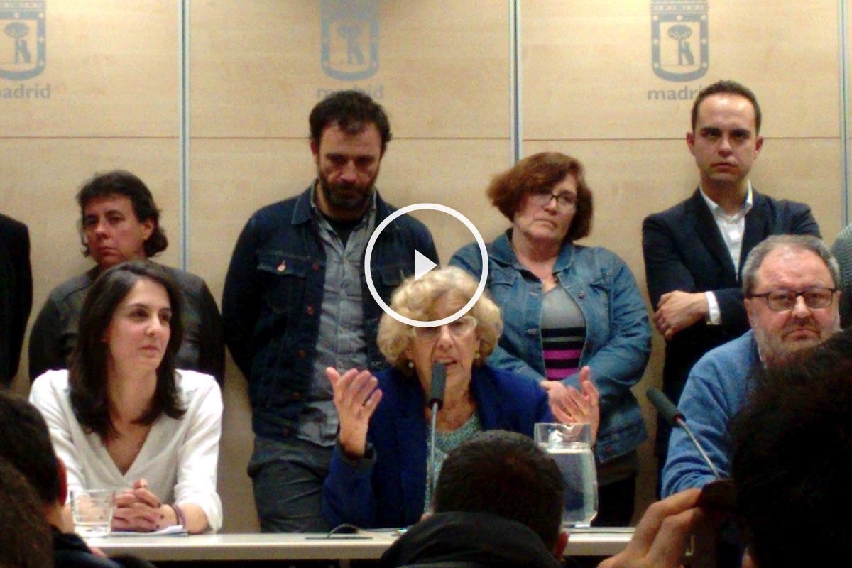 La alcaldesa Caremena con 15 concejales arropando a Maestre. (Foto: OKDIARIO)