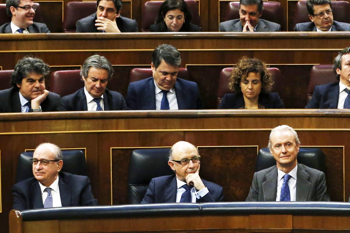 Moragas, primero por la izquierda en la segunda fila. (Foto: EFE)
