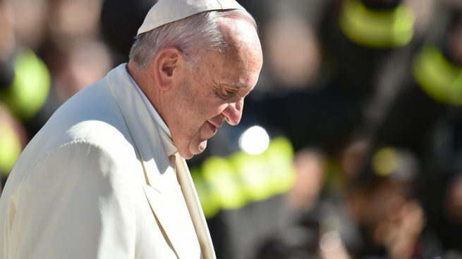 El Papa visitará la isla de Lesbos, donde se han suspendido las expulsiones de migrantes hasta el viernes