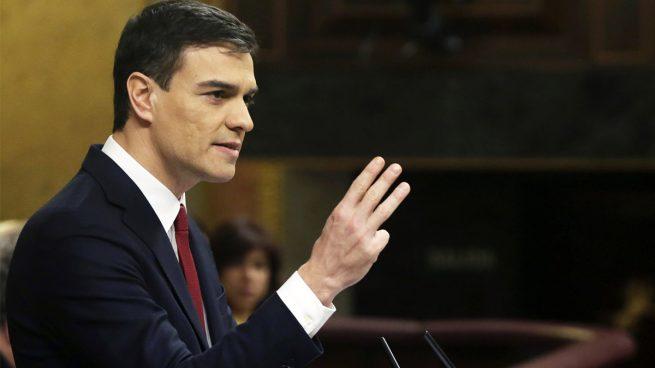 Los barones del PSOE presionan para que Sánchez salte el día 2 y no sea el candidato el 26J