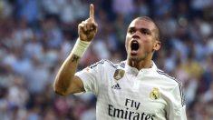 Pepe celebra un gol en el Bernabéu. (AFP)