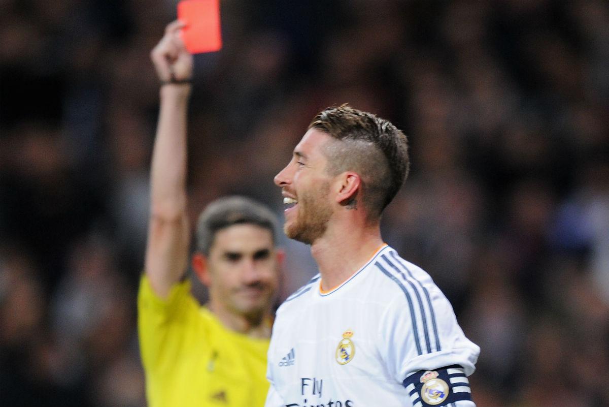 Undiano expulsa a Ramos en un Clásico. (Getty)