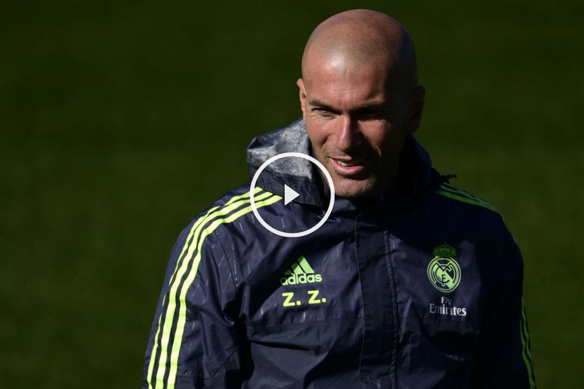 Zidane, en un entrenamiento del Real Madrid. (AFP)