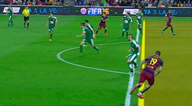 Sandro parte en fuera de juego contra el Eibar.