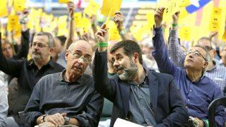 Lluís Llach y el presidente de la ANC, Jordi Sánchez.