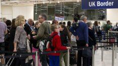Imagen del aeropuerto de Gatwick. (Getty)
